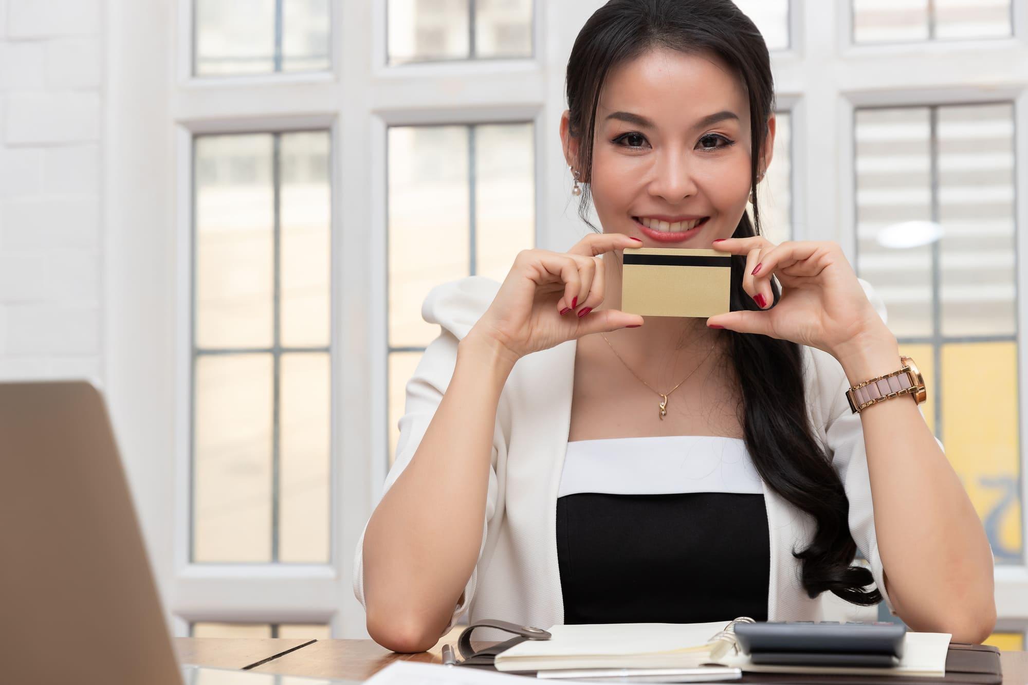 審査の難易度は?楽天ビジネスカードに申し込む前に知っておきたい入会要件と審査基準